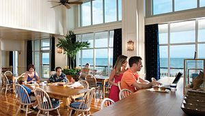 Hampton Inn & Suites Oceanfront