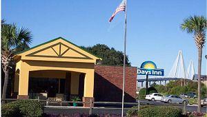 Days Inn - Patriots Point