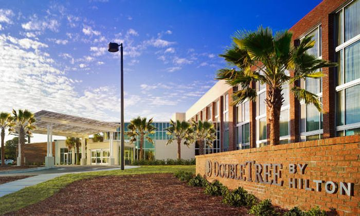 Doubletree by Hilton Hotel - Charleston Airport