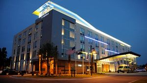 Aloft Charleston Airport & Convention Center